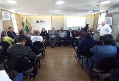 ENTIDADES ENTREGAM PROPOSTA AOS CANDIDATOS A DEPUTADOS POR POÇOS DE CALDAS